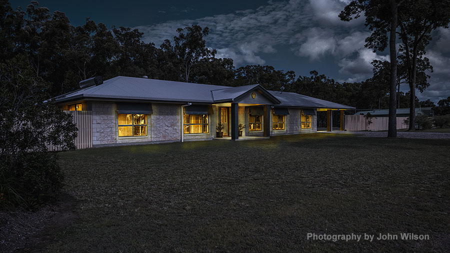 Maryborough photographer dusk property